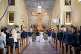Ceremonia wnętrze kościoła szeroko