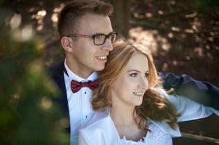 Plener ślubny a zakochani w parku Krasiczyn