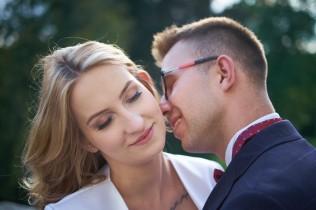Plener ślubny czułość, bliskość i romantyzm
