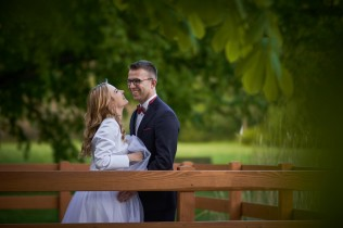 Plener ślubny Krasiczyn radość