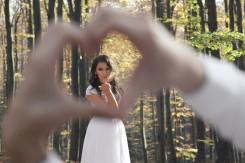 Plener ślubny Pani Młoda w sercu Pana Młodego