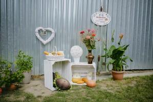 Przygotowania ślubne wystrój podwórka