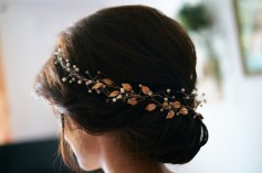 Przygotowania detale fryzury Panny Młodej