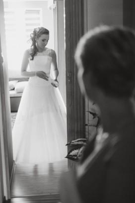 Przygotowania suknia Pani Młodej ostatnie poprawkki