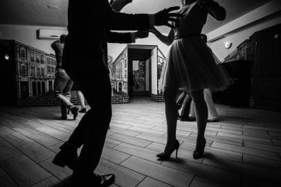 Zabawa szalone tańce